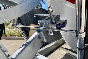 boat catch installation